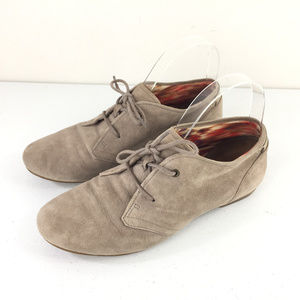 Clarks Indigo 7 M Taupe brown suede bootie lace up